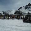 Il y a bouchon en bas des remontées de la station de ski