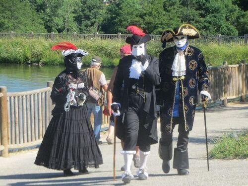 parade vénitienne à Vernoux en Vivarais