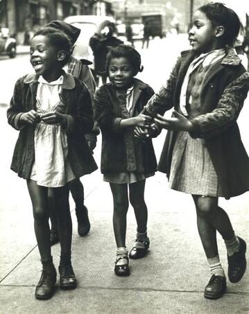 03 - Trois petites filles ou petites soeurs