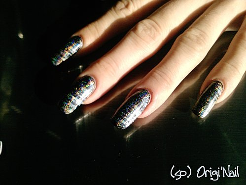 duo-holographic-24-03-11.jpg