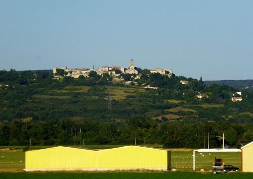 Les villages perchés : un héritage médiéval