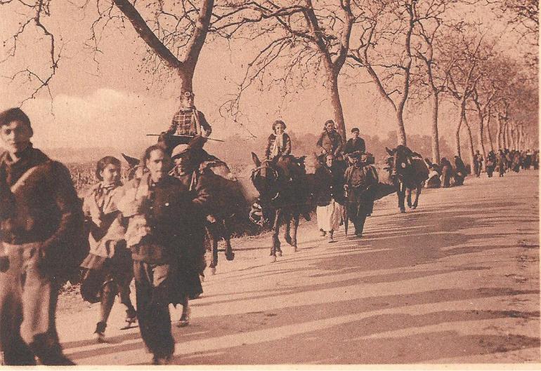 Réfugiés espagnols arrivant dans le sud de la France en 1939