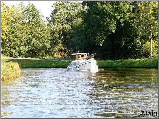 Bateau_Canal_3