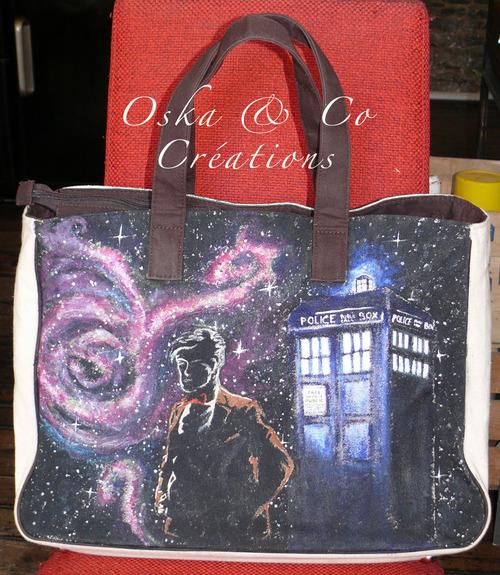 Sac tissu comme un tableau thèmes Alice et Dr Who