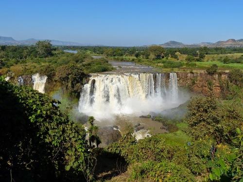 d'autres vues du Nil en aval