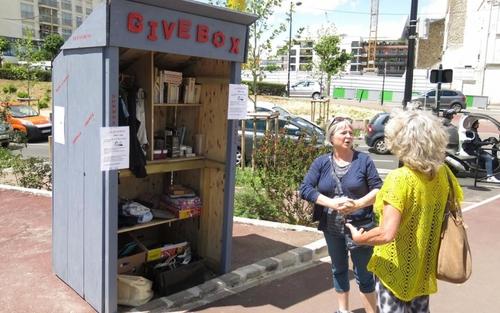 Les givebox, le bout de ciel bleu de la solidarité active