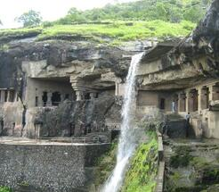 http://refreshholidays.in/photos/22/ellora.jpg