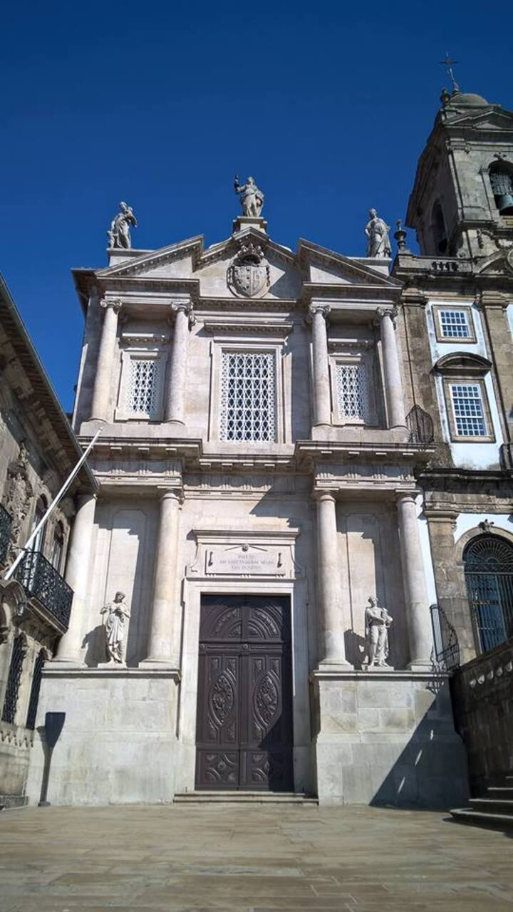Église st Francisco á Porto.