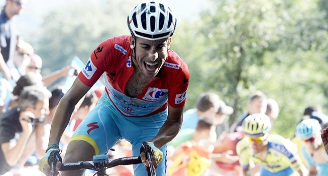 Vuelta2015_16_etape_Fabio_Aru_opad_