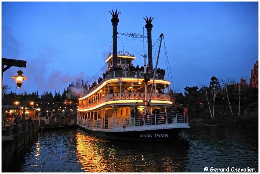 Disneyland Paris - Le Mark Twain.
