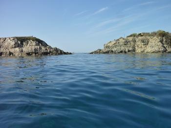 La passe entre l'îlot et la côte
