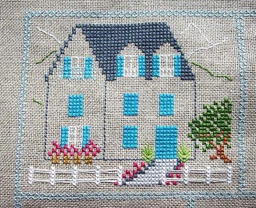 La-maison-aux-volets-bleus.JPG