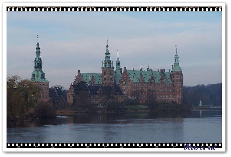En fait le château de Frédérikborg au Danemark
