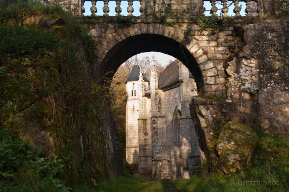 sainte Barbe Faouët: arche -oratoire