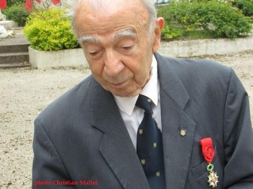 * Page souvenir - Hommage à  Benjamin Josset - Force Française Libre