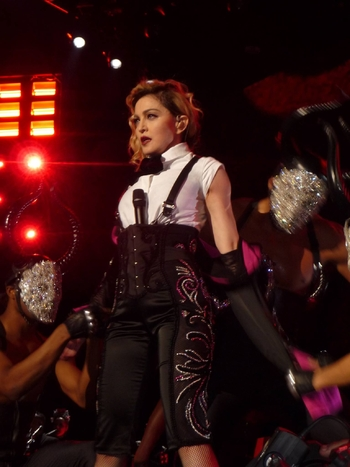 Rebel Heart Tour - 2015 12 09 Paris (27)