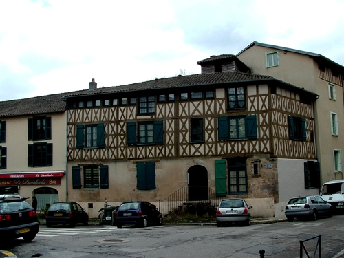Limousin : Limoges,quartier pont Saint-Martial