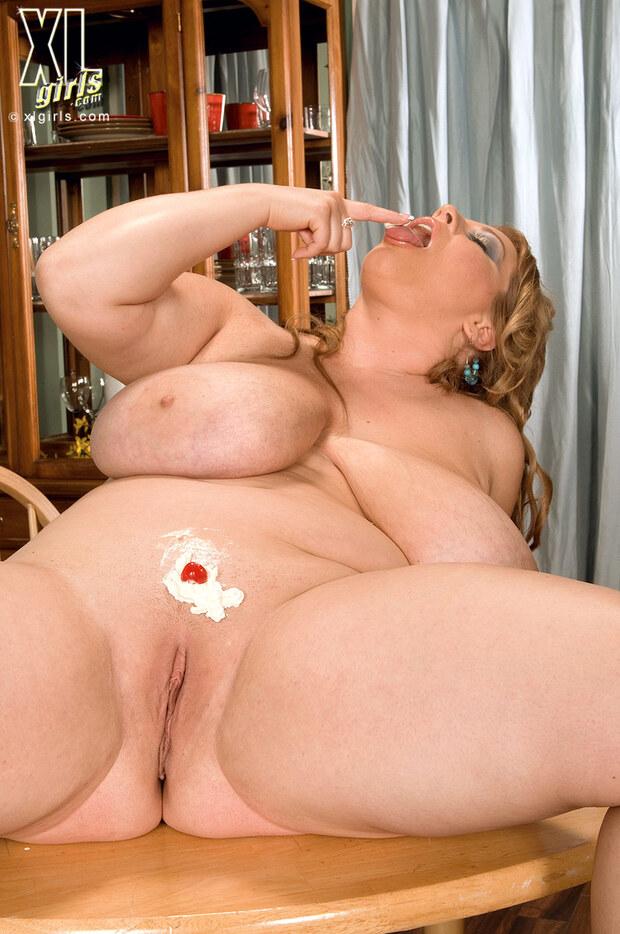 BigBoobs - Renee Ross - 5 -