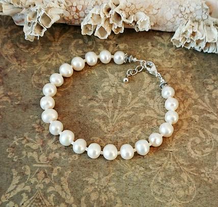 Bracelet Perles de culture blanc crème 6mm irrégulières / plaqué argent, longueur ajustable de 19 à 20 cm