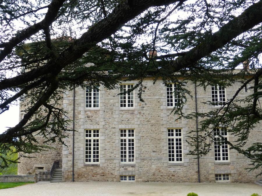 La château de Vollore en puy de dôme.