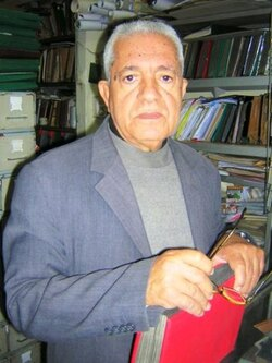 """Ahmed LAROUI: le """"monde merveilleux"""" de la philatélie"""