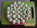 Macaron XXL aux framboises et mousse pistache