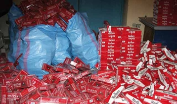 paquets de cigarettes de contrebande