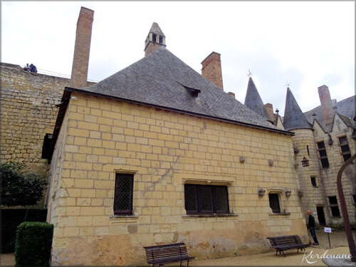 Photos de la cour intérieure du château de Montreuil Bellay