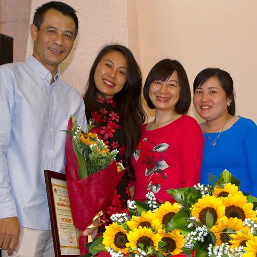 Maisons  et Ceremonie annuelle a Vinh Phuc