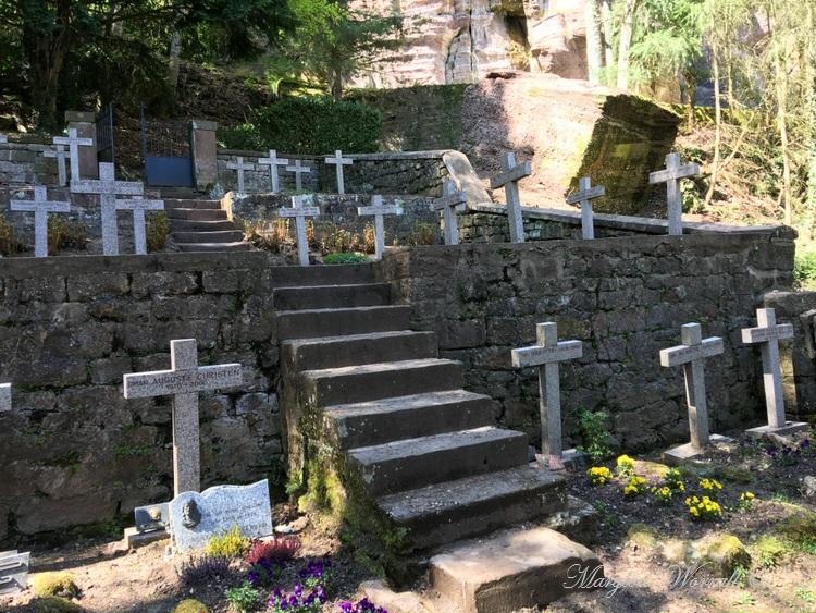 Mont Sainte-Odile : Le chemin de croix et la source