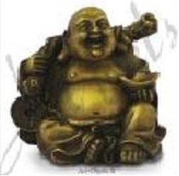 5. Bouddha rieur assis tenant le sac d'abondance et le lingot d'or