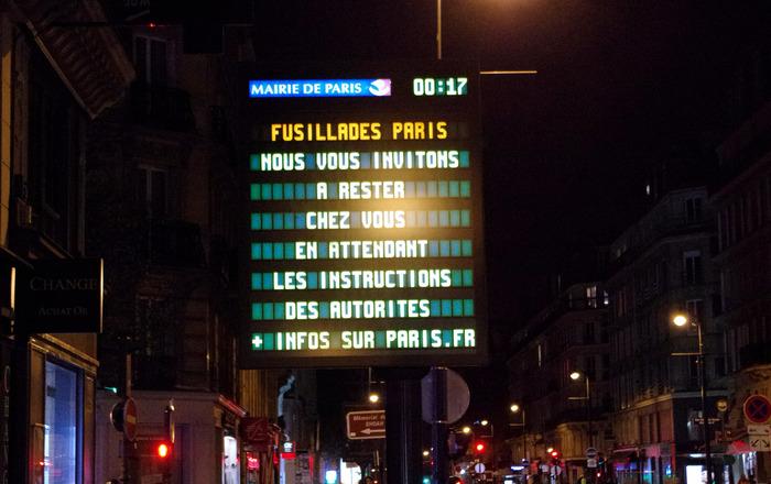"""La nuit d'horreurs à Paris """"Mais le terrorisme est une bête immonde sans visage qui frappe au hasard""""."""