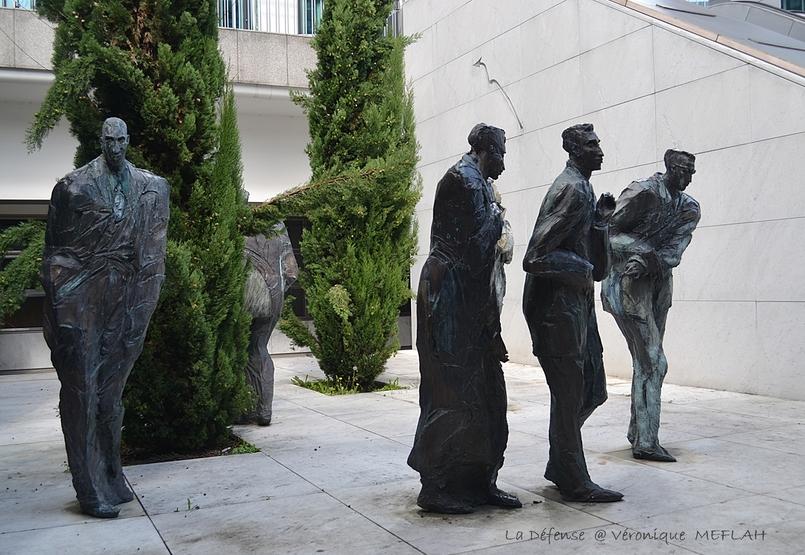 Esplanade de la Défense : Les Hommes de la Cité