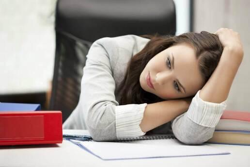 la mauvaise humeur peut être un symptôme de l'hypothyroïdie