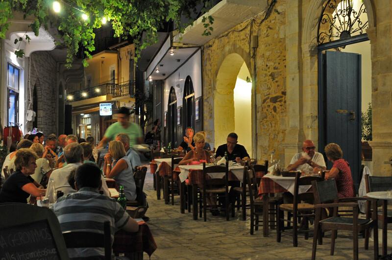 Dans les rues de Panormos (#1)