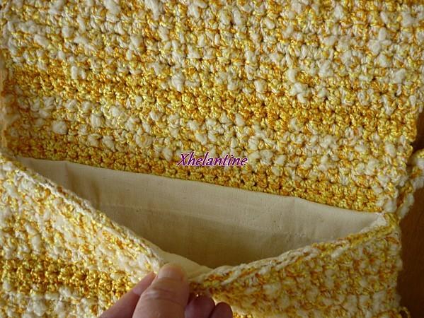 sac au crochet jaune blanc ouvert 2