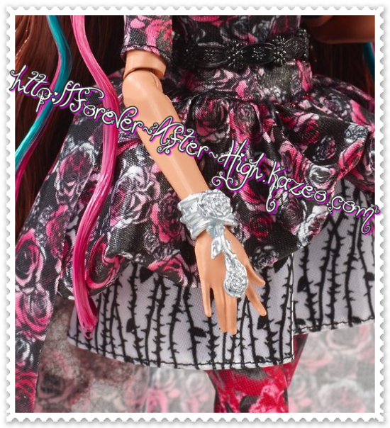 ever-after-high-briar-beauty-spring-unsprung-doll (3)
