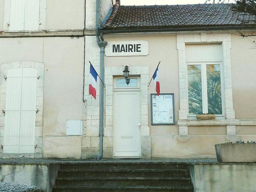 Mouton mairie.JPG