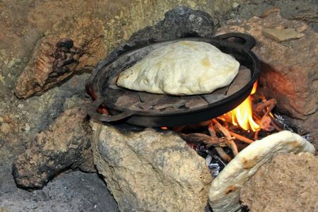 le pain a gonflé et est bientôt prêt!