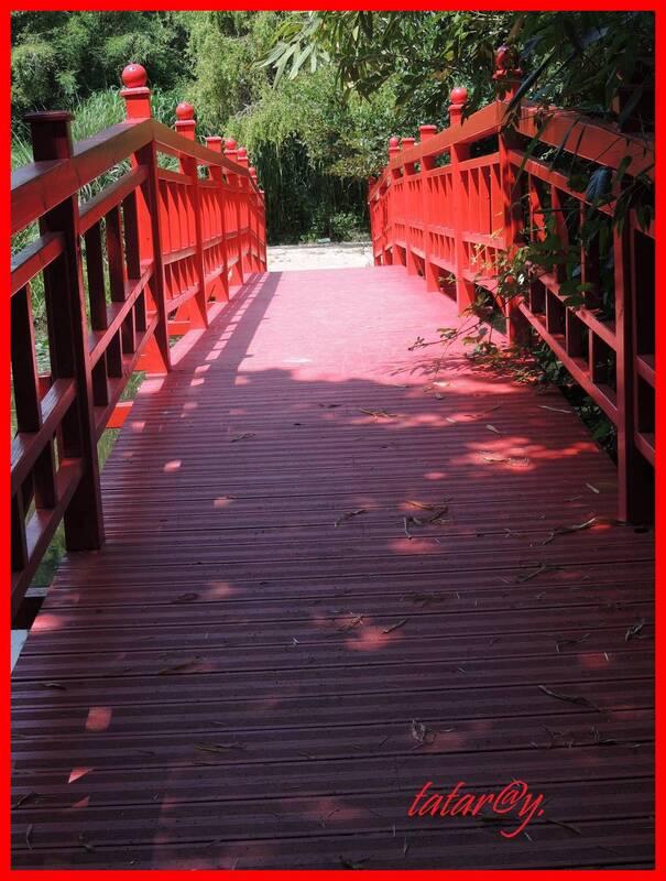 Les jolis ponts rouges.....