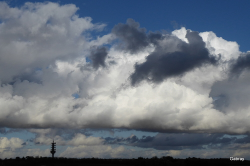 Ciel d'orage sur Vieille-Toulouse