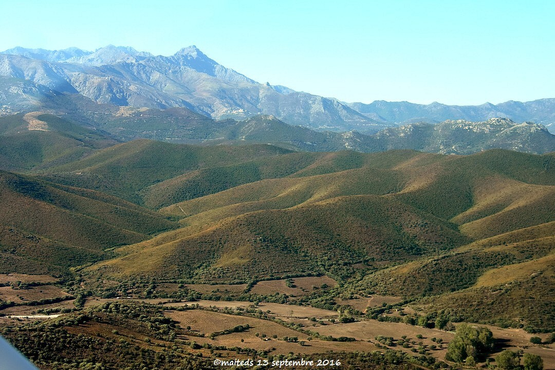 Survol de la mer et des montagnes - Corse (1)