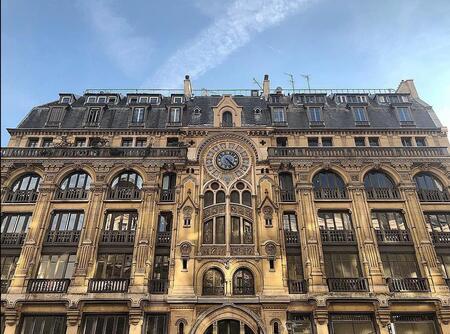 L'impressionnant immeuble-cathédrale de la rue Réaumur