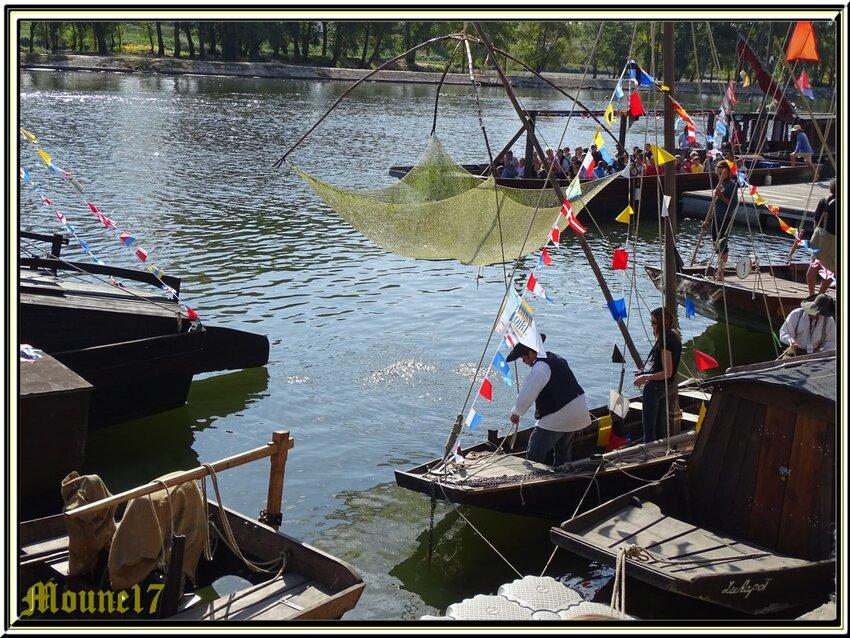 La parade des bateaux au festival de Loire 2017