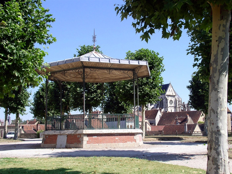 SAINT-FLORENTIN (Yonne) : n° 4