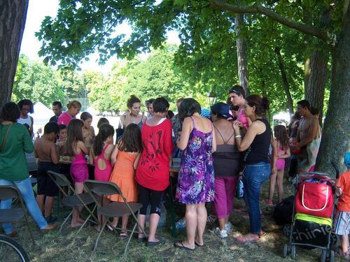 Miss Bigoodies anime des ateliers Création de Bijoux dans les quartiers de CONFLANS -SAINTE- HONORINE