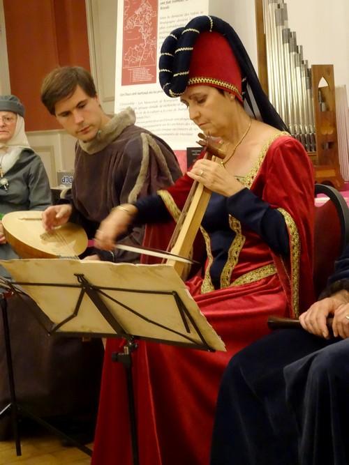 Les Ménestrels de Bourgogne ont donné un très beau concert lors du vernissage des animations dédiées au IX Centenaire de la fondation de l'abbaye de Clairvaux