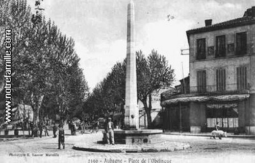 cartes-postales-photos-Place-de-l-Obelisque-AUBAGNE-13400-1