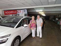 MARSEILLE - Mamiekéké et son Cricri d'amour sont en vacances provisoires .