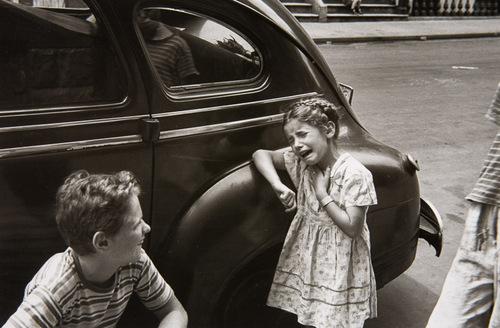 10 - Ambiance urbaine, les voitures et les enfants